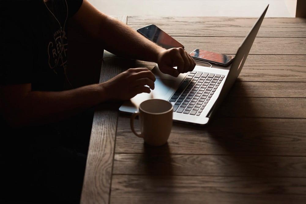 Каждую неделю пишите на сайт новую статью, чтобы построить личный бренд